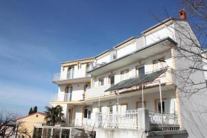 One-Bedroom Apartment Crikvenica near Sea 12