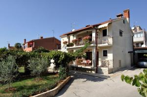(Holiday home Porec 9)