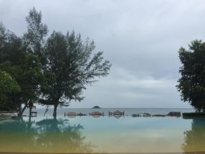 Away Baan Nub Kluen Beach Front