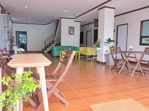 Pro Chill Krabi Guesthouse, Pensionen  Krabi - big - 83
