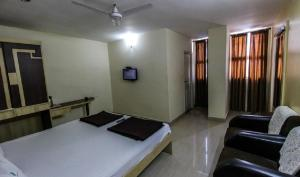 Sri Ganapathi Lodge