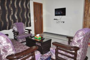 Future Service Apartment, Апартаменты  Хайдарабад - big - 11