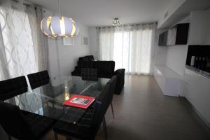 Villa Tindra, Vily  Torrevieja - big - 21
