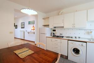 Santo Spirito Apartment, Apartments  Florence - big - 14