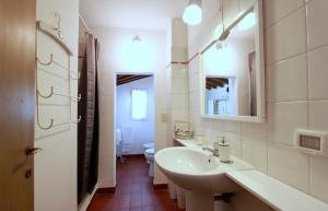 Santo Spirito Apartment, Apartments  Florence - big - 19