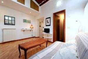 Santo Spirito Apartment, Apartments  Florence - big - 7