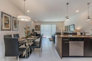 Placidity Villa 17506, Vily  Davenport - big - 3