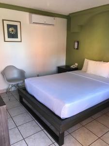 Hotelco Inn Reviews