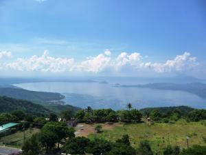Taal View Tagaytay Condo, Apartmány  Tagaytay - big - 37