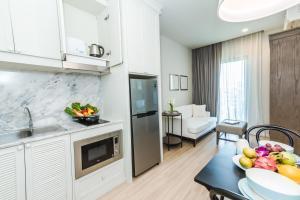 Una foto de Dlux Condominium Phuket