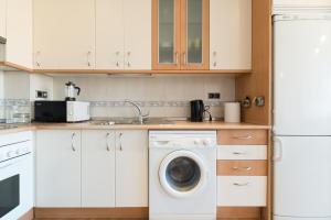 Apartamentos Rio, Apartments  Madrid - big - 36