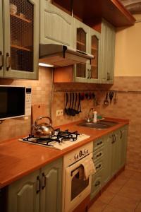 RomanticApartaments ,TWO BEDROOM, Apartments  Lviv - big - 26