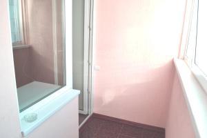 Apartment at Olomoutskaya 18, Apartmanok  Volzsszkij - big - 2