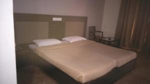 Veena Regency, Hotel  Chās - big - 4