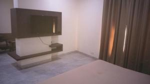 Veena Regency, Hotel  Chās - big - 12