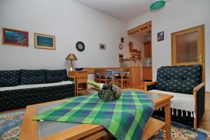 Apartman Jezero, Apartments  Zlatibor - big - 1