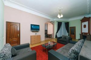 Apartment near Kreshatyk and Besarabska square