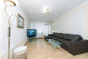 Apartment on Khmelnitskogo 39