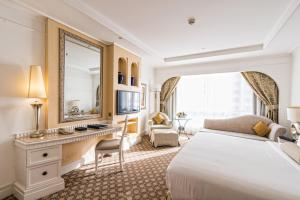 Tower King or Twin Room with Sea View