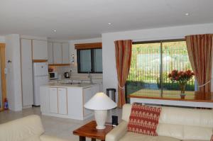 Camps Bay Villa, Guest houses  Cape Town - big - 14