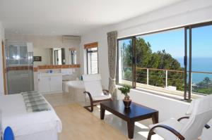 Camps Bay Villa, Guest houses  Cape Town - big - 23