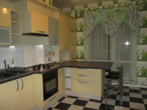 Апартаменты на Дмитрия Донского 20 (Apartment on Dmitriya Donskogo 20)