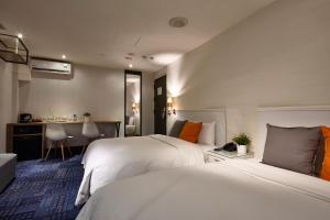 Via Hotel, Отели  Тайбэй - big - 37