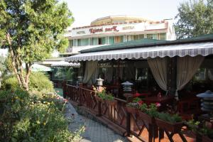 Hotel Kristel Park - All Inclusive Light, Hotely  Kranevo - big - 58