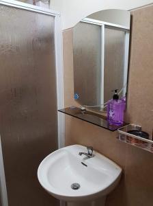 Chateau Elysee Condo Unit - Vendome, Apartments  Manila - big - 48
