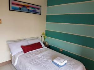 Chateau Elysee Condo Unit - Vendome, Apartments  Manila - big - 50