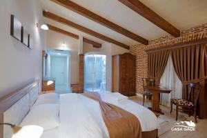 Casa Gaçe Hotel, Hotel  Korçë - big - 32