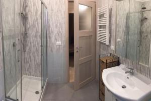 Lorenzo Magnifico Apartment, Апартаменты  Рим - big - 5