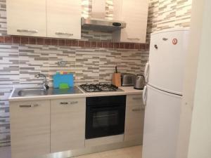 Lorenzo Magnifico Apartment, Апартаменты  Рим - big - 10