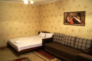 Apartment Baytursynov 9, Ferienwohnungen  Shymkent - big - 4