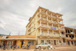 Кабале - Kings Hotel Kabale