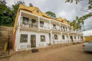 Кабале - Albertine tourist resort