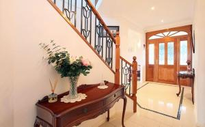 CAPE VIEW MANOR BED & BREAKFAST