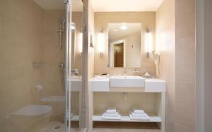 Отель Parklane Resort and SPA - фото 12