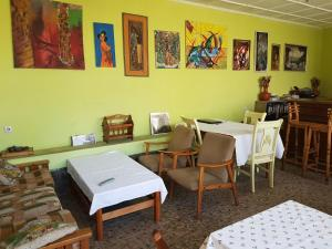 Yabonet Guesthouse, Penzióny  Nefas Silk - big - 3