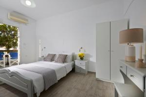 Milos Villas Hotel(Fira)
