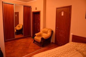 Apartment on Sukhovolya Street 9, Apartments  Truskavets - big - 28