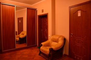 Apartment on Sukhovolya Street 9, Apartments  Truskavets - big - 16