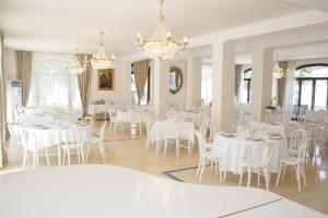 Hotel Pirosmani