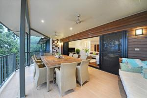 Paddons, Holiday homes  Airlie Beach - big - 2
