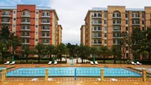 Chateau Elysee Condo Unit - Vendome, Apartments  Manila - big - 53