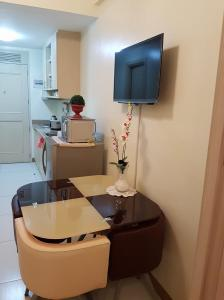 Chateau Elysee Condo Unit - Vendome, Apartmány  Manila - big - 55
