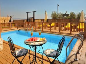 A Picture of Gal Golan Suites