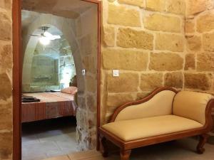 Gozo B&B, Bed and breakfasts  Nadur - big - 8