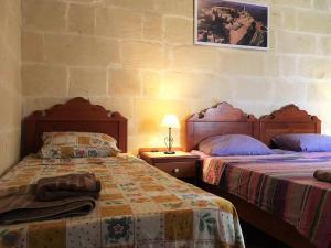 Gozo B&B, Bed and breakfasts  Nadur - big - 19