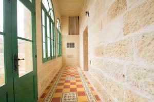 Gozo B&B, Bed & Breakfast  Nadur - big - 31